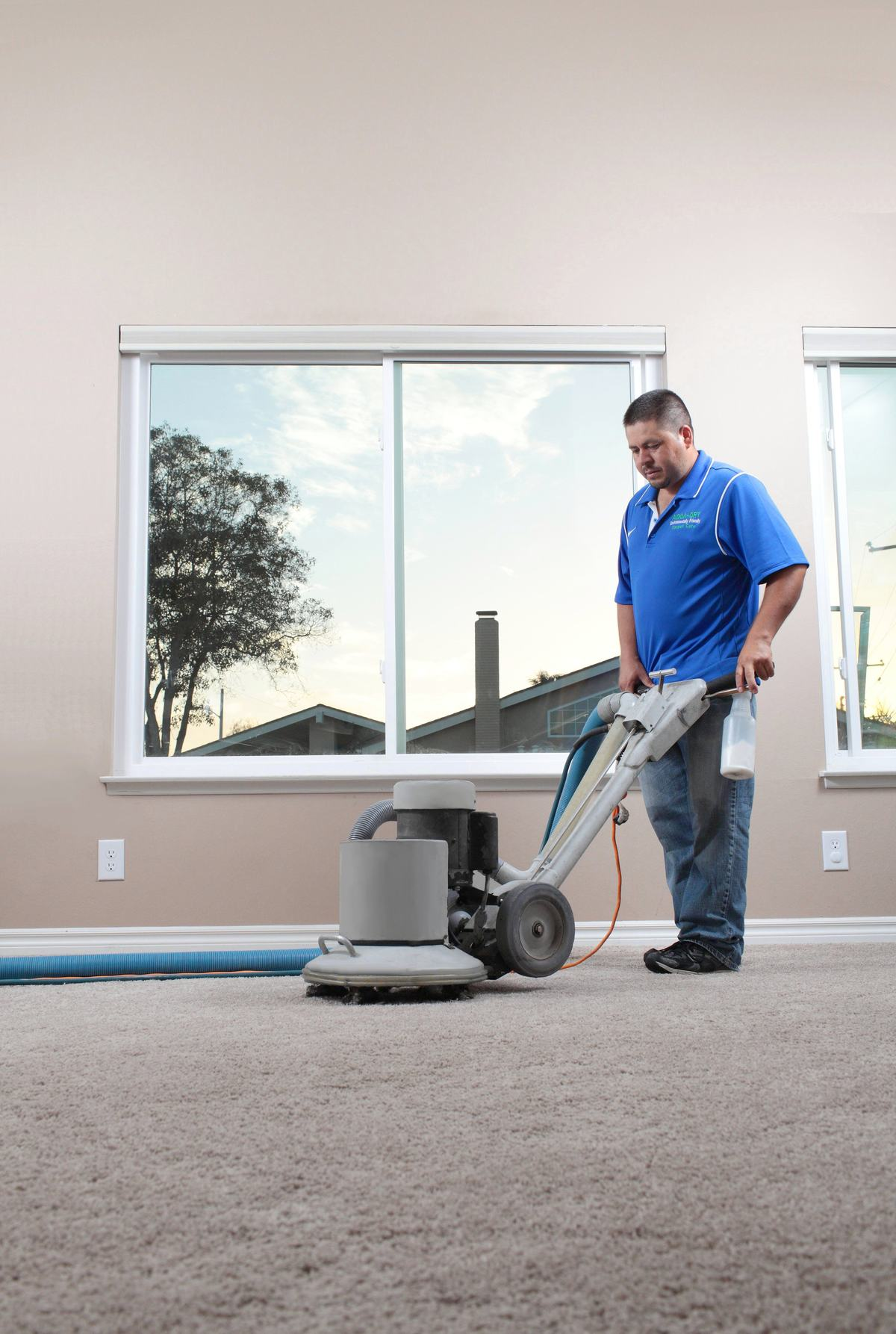 Our high-pressure cleaning system allows us to deep clean carpets and upholstery using minimal moisture.